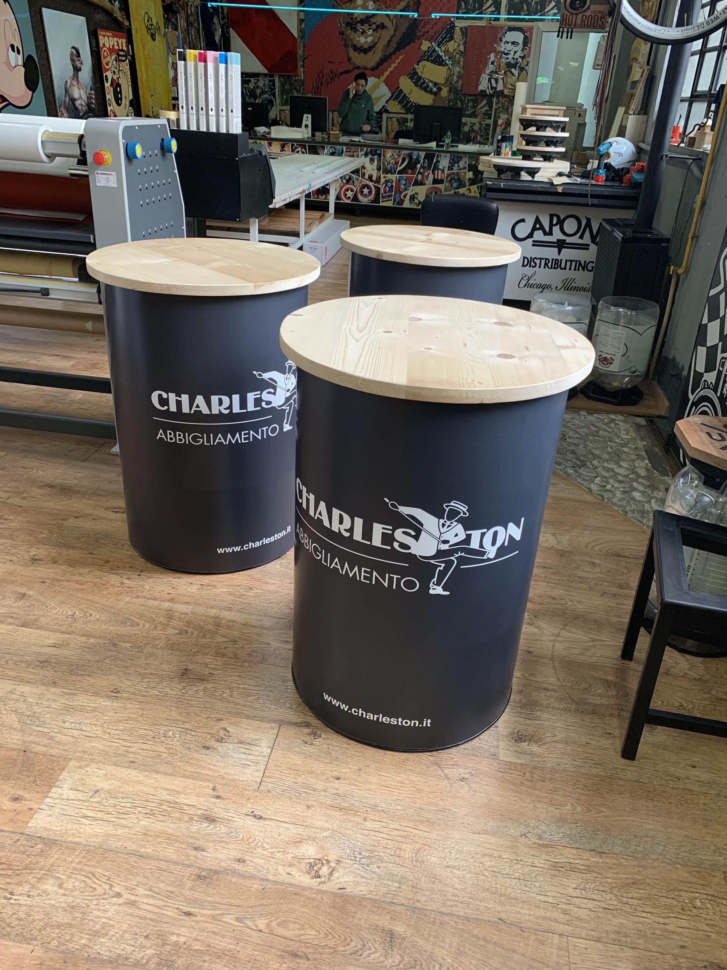 Tavoli Charleston Abbigliamento Con Piano In Legno Massello Barril Dicas Uteis Comida De Boteco