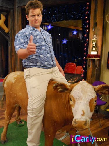 Pin by Bella Palo on ☆ all me in 2021   Icarly, Icarly and ...
