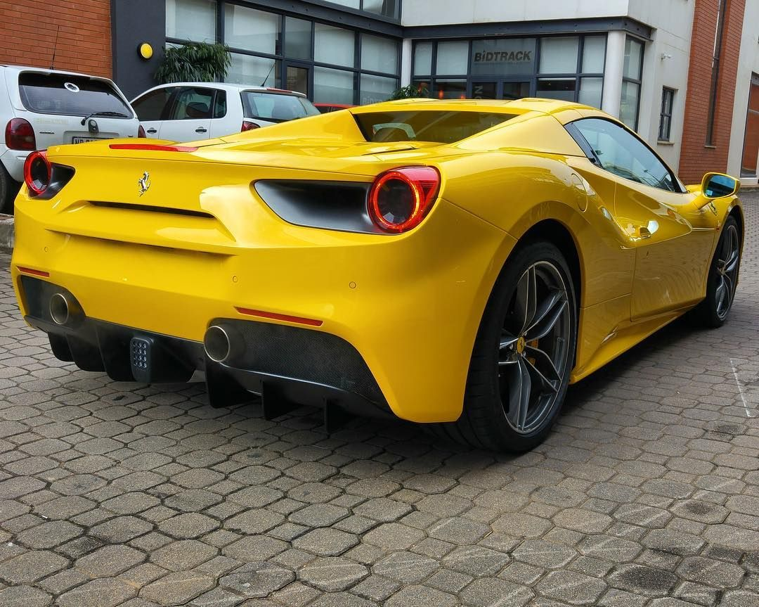Absolutely Stunning Giallo Ferrari 488 Spider Getting Detailed By Firozemoosa Ferrari 488spider Exoticspotsa Southafrica Ferrari 488 Ferrari Super Cars