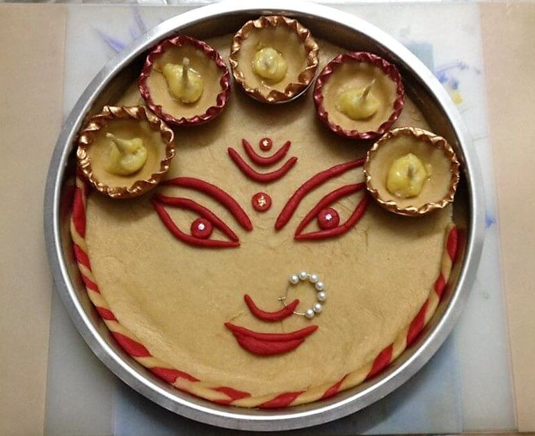 Discover beautiful navratri aarti thali decoration ideas you can also use them to make pooja during durga and win prizes in competitions creation rh pinterest