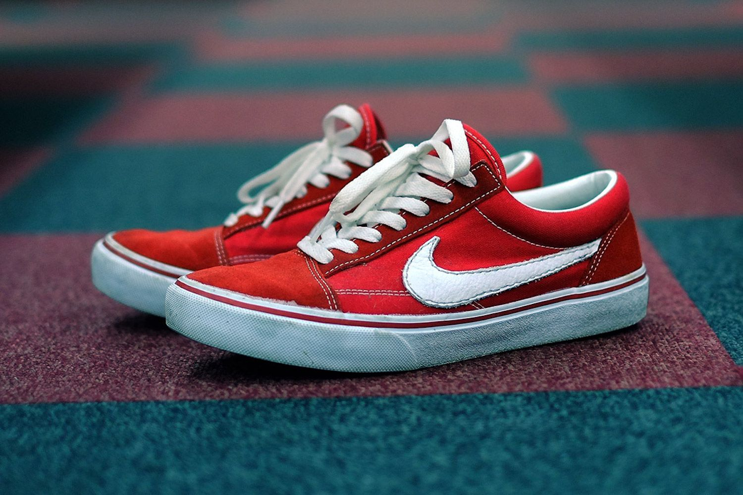 Shopping > chaussure nike style vans  