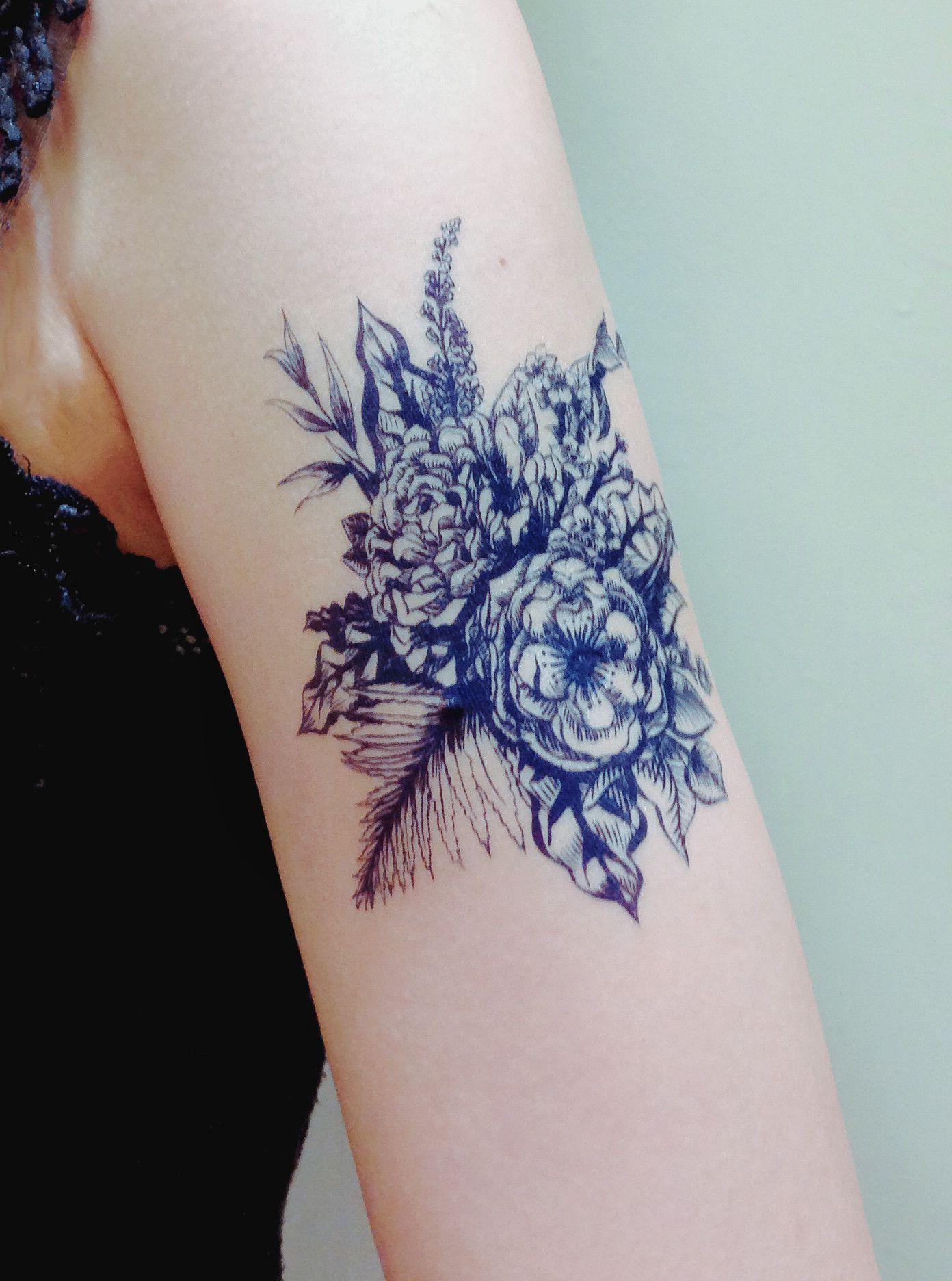 Blue Flower Bouquet Pinterest Tatting Tattoo And Body Art
