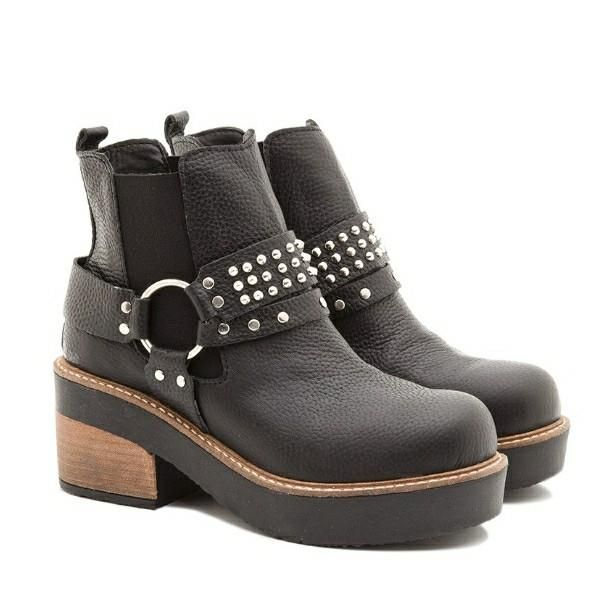 #pedilas!!! #hotshoes #forsale #ilike #shoeslover #like4lik #shoes #niceshoes #sportshoes #hotshoes