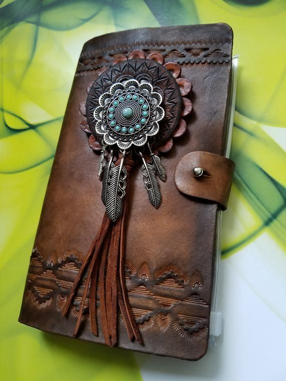 art journal gifts for artists Notebook Black Leather Sketchbook with handmade paper pages and green felt lining Gifts for men