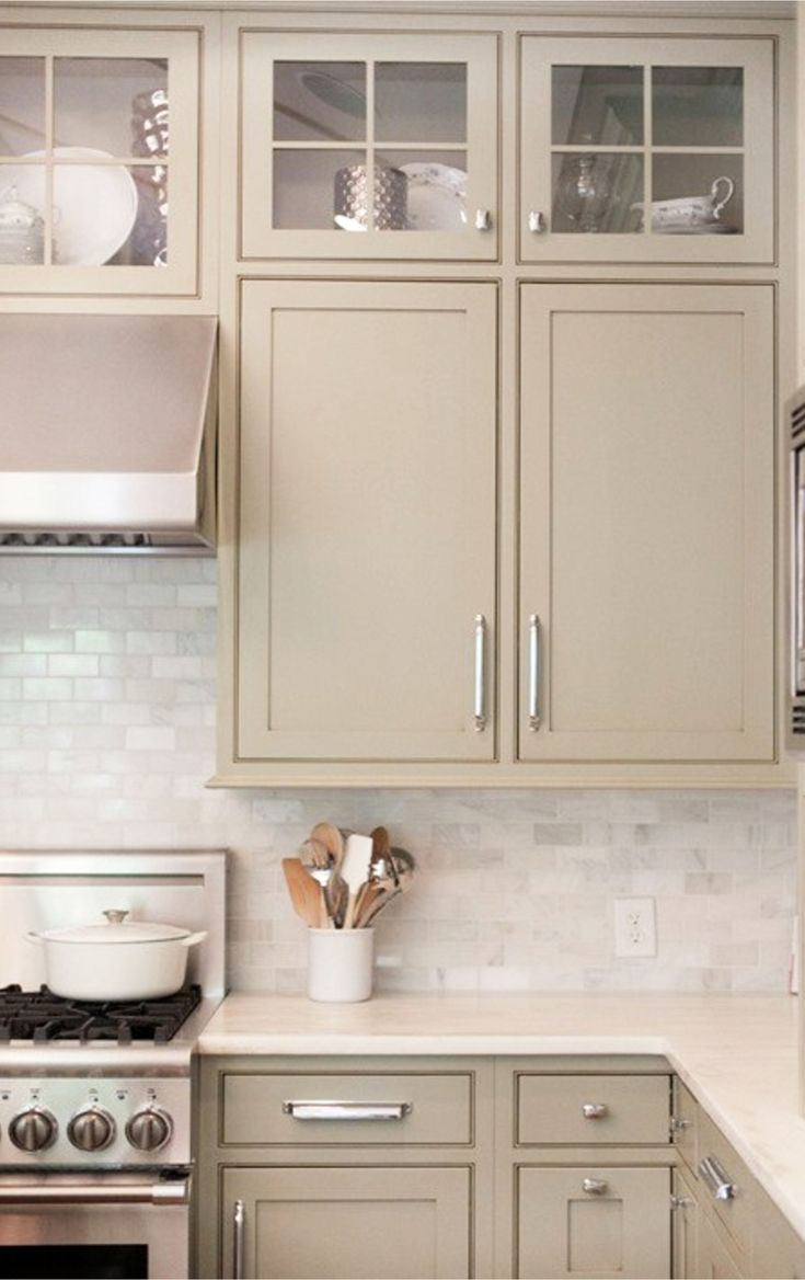 Painting Kitchen Cabinets Refresh Your Outdated Kitchen With These Popular Cabinet Color Ideas Painted Kitchen Cabinets Colors Beige Kitchen Kitchen Cabinets Decor