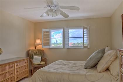 5600 Beach Way Dr. #305 | Siesta Key Vacation Rental Property | Jennette Properties