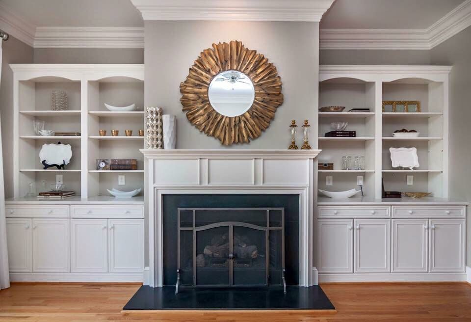 #reinventedcharlotte love this bookcase design - just perfect!
