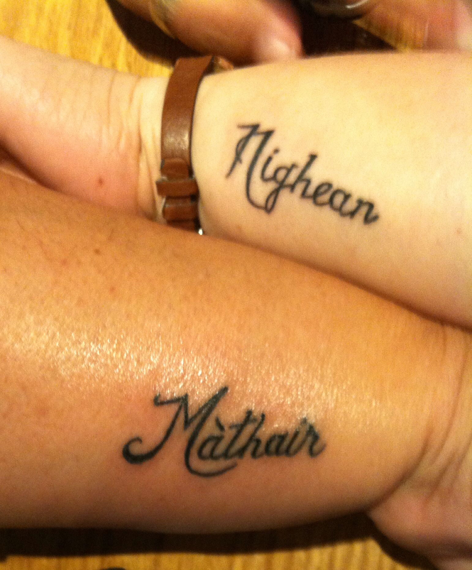 Mother/daughter in Scottish Gaelic  Matching tattoos