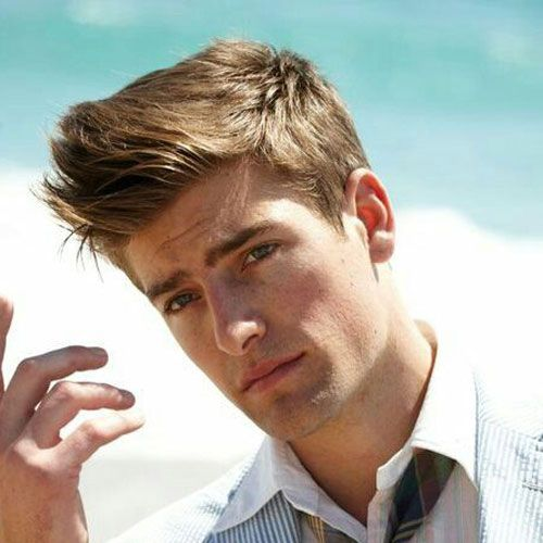 19 College Hairstyles For Guys Men S Hairstyles Haircuts 2020 College Hairstyles Young Men Haircuts Mens Hairstyles
