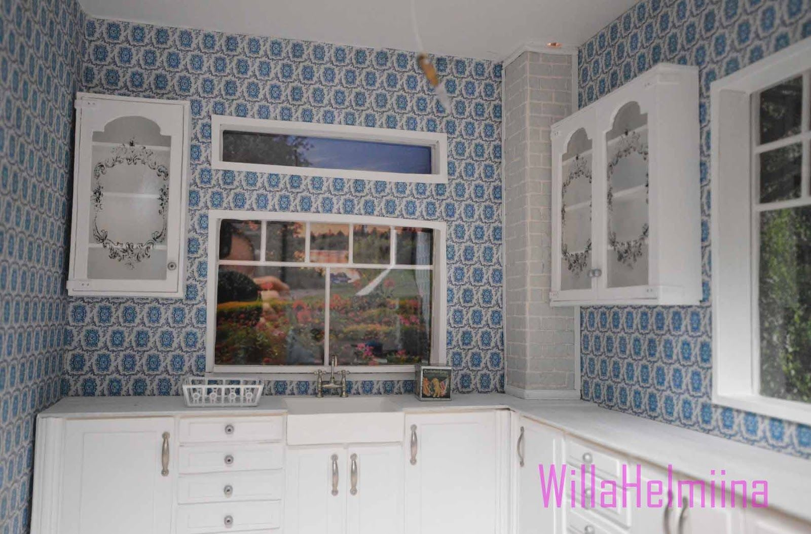 How to make dollhouse upper-cabinets. See full pic tutorial.