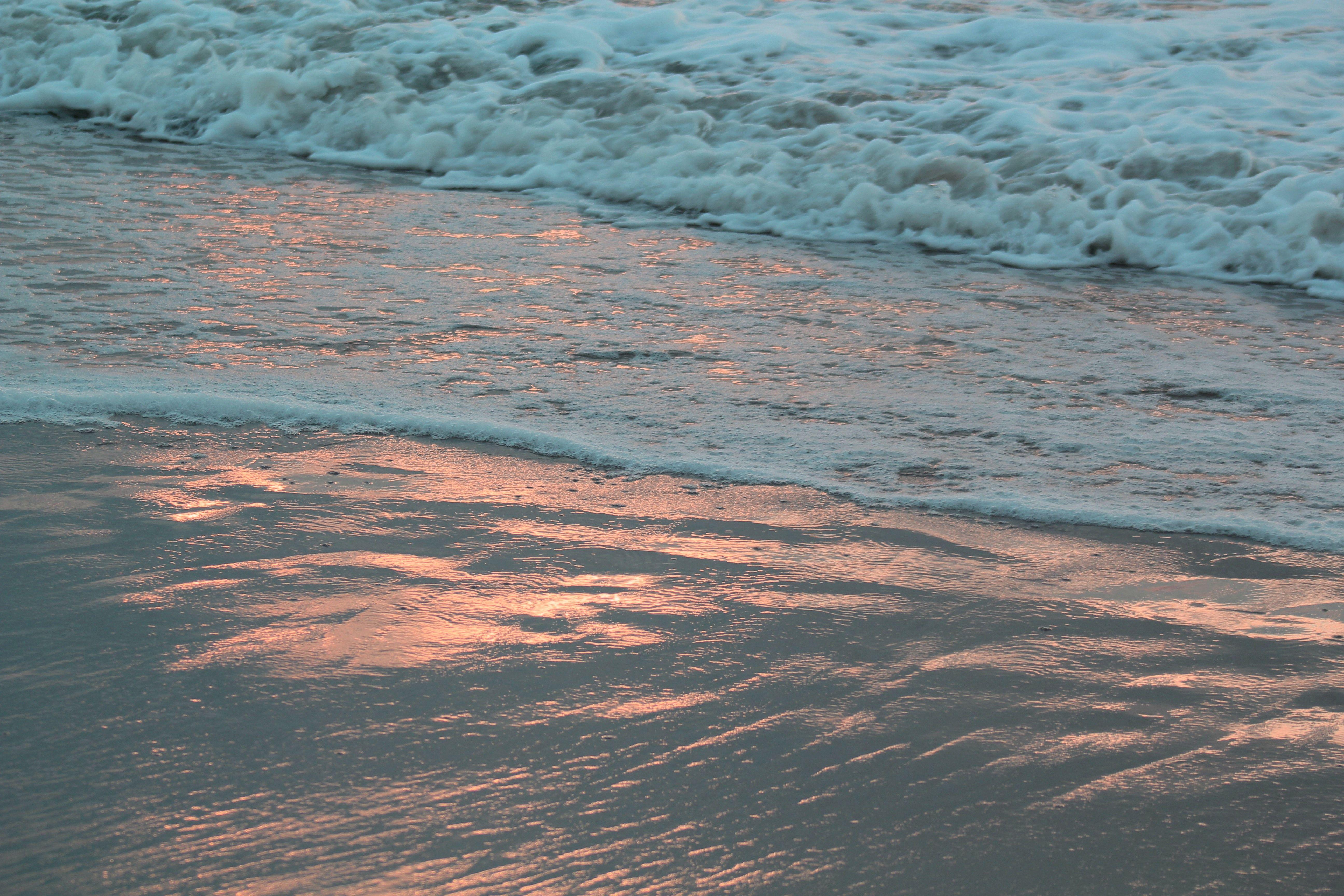 Sunrise on Assateague, by Danielle Andrew http://whurrledpeas.deviantart.com/