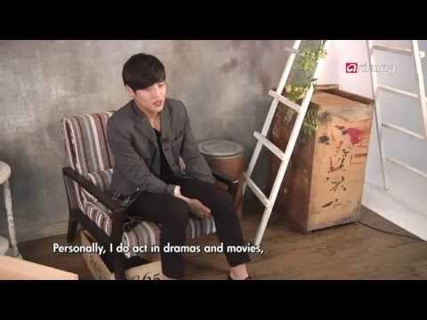Showbiz Korea - SECRET TO HIS PRESENCE Actor Kang Ha-neul! 반짝반짝 새롭게 빛나는 존재감, 강하늘의 비결은?