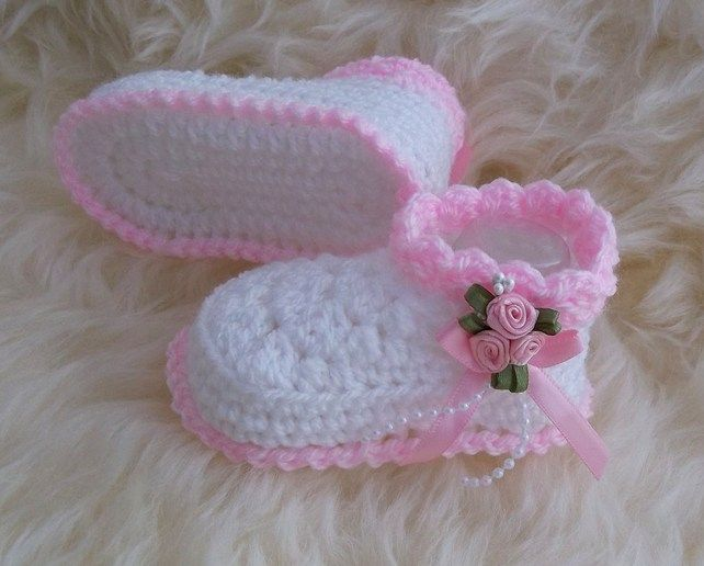 Handmade Hand Crocheted Baby Girl Booties//Sandals White 0-3 months