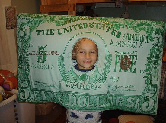 c40538b267c picture of 5 dollar bill costumes | Sad Halloween costume of the day ...