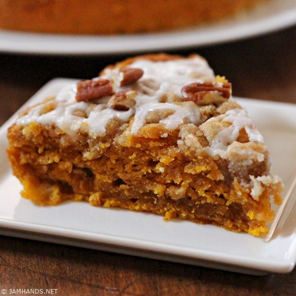Jam Hands: Moist Cinnamon Streusel Pumpkin Coffee Cake