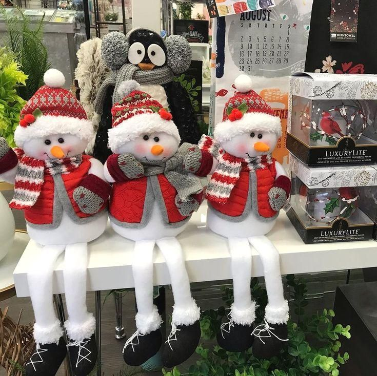 #christmas #christmasdecor #elves #christmasgifts #shoplocal #they #cute! Awe arent they cute!