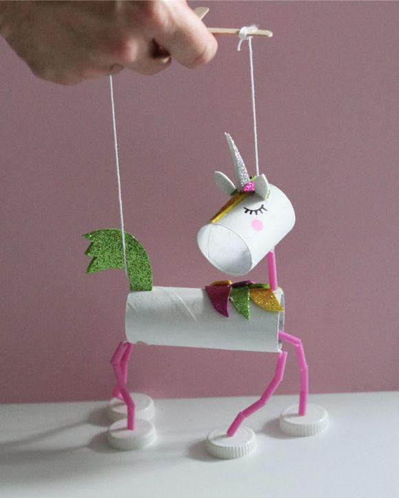 Unicorn craft   paper tube craft   unicorn from Kreativa Karin   Mer pyssel åt folket! #summerfunideasforkids