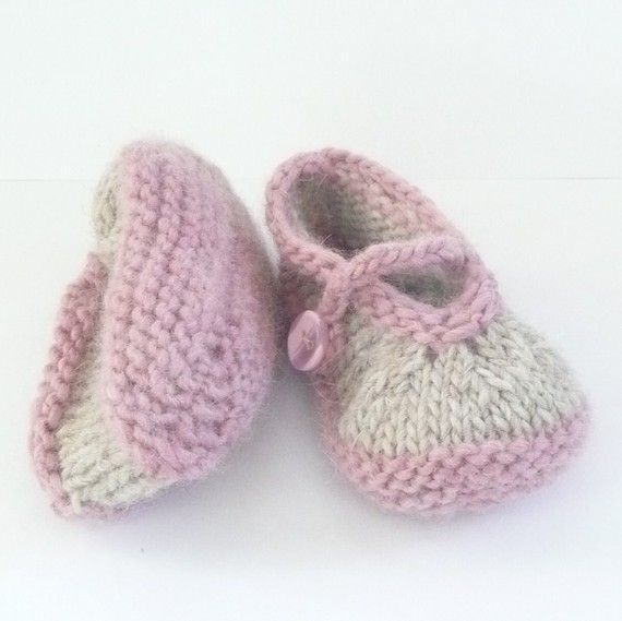 Baby BOOTIES Knitting PATTERN Simple Seamless Mary by ceradka ...
