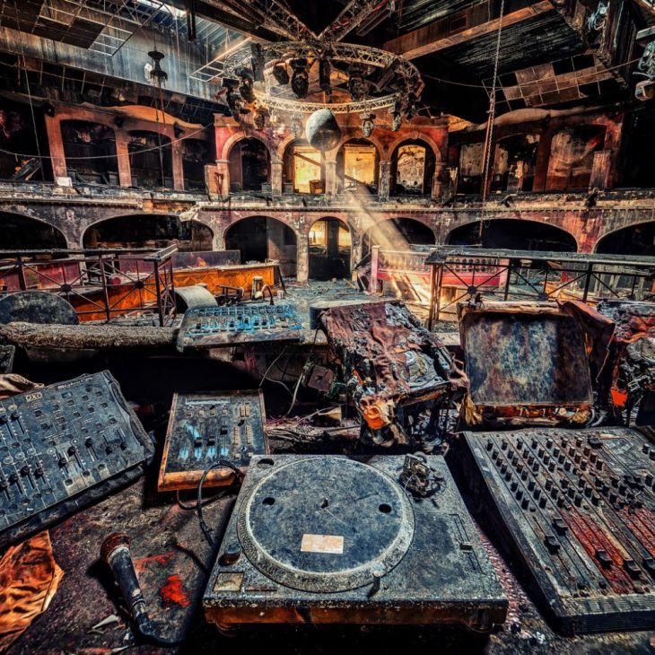 23個真正令人驚豔的被遺棄地方的影像(画像あり)