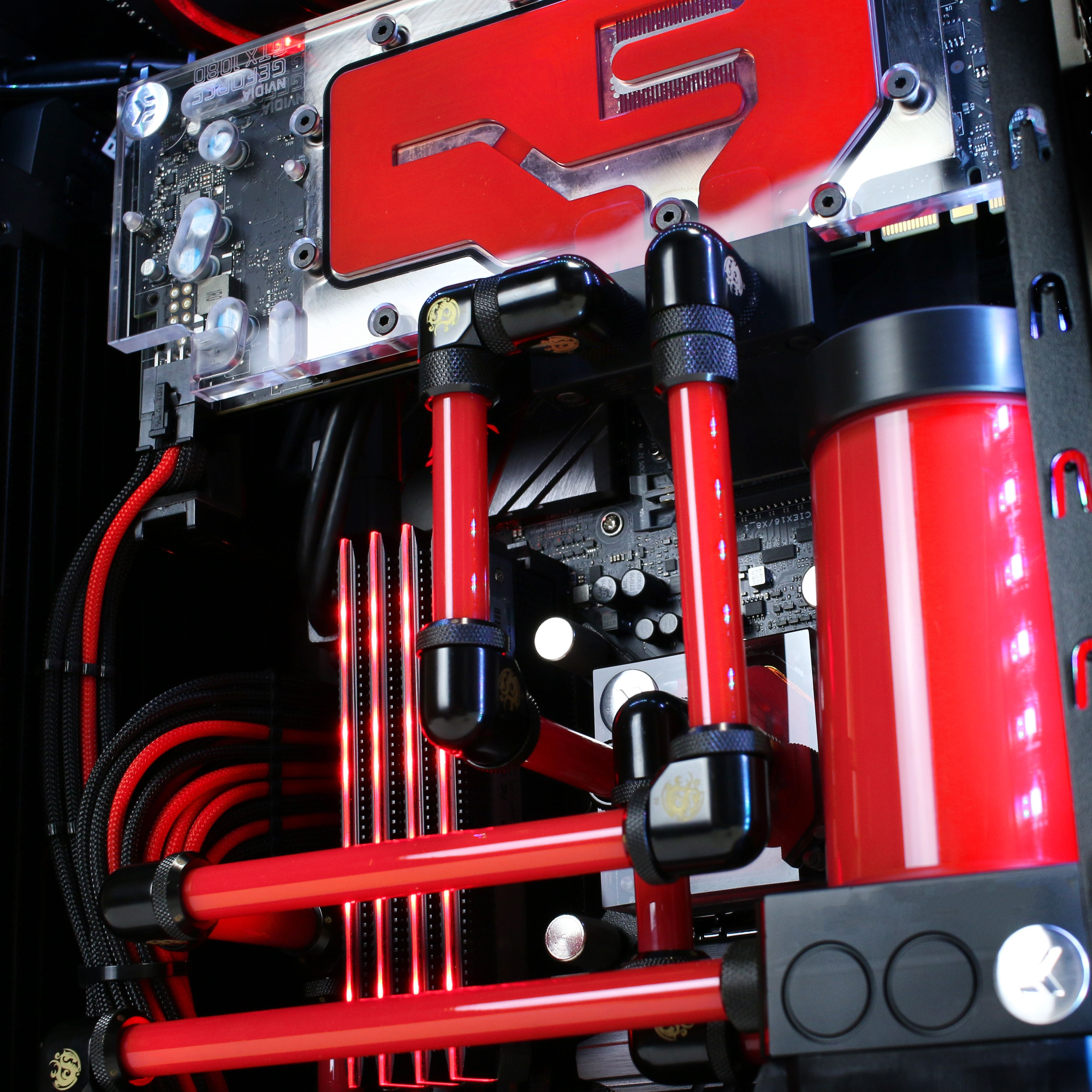 Custom Small Form Factor Water Cooled Build By Xotic Pc Custom