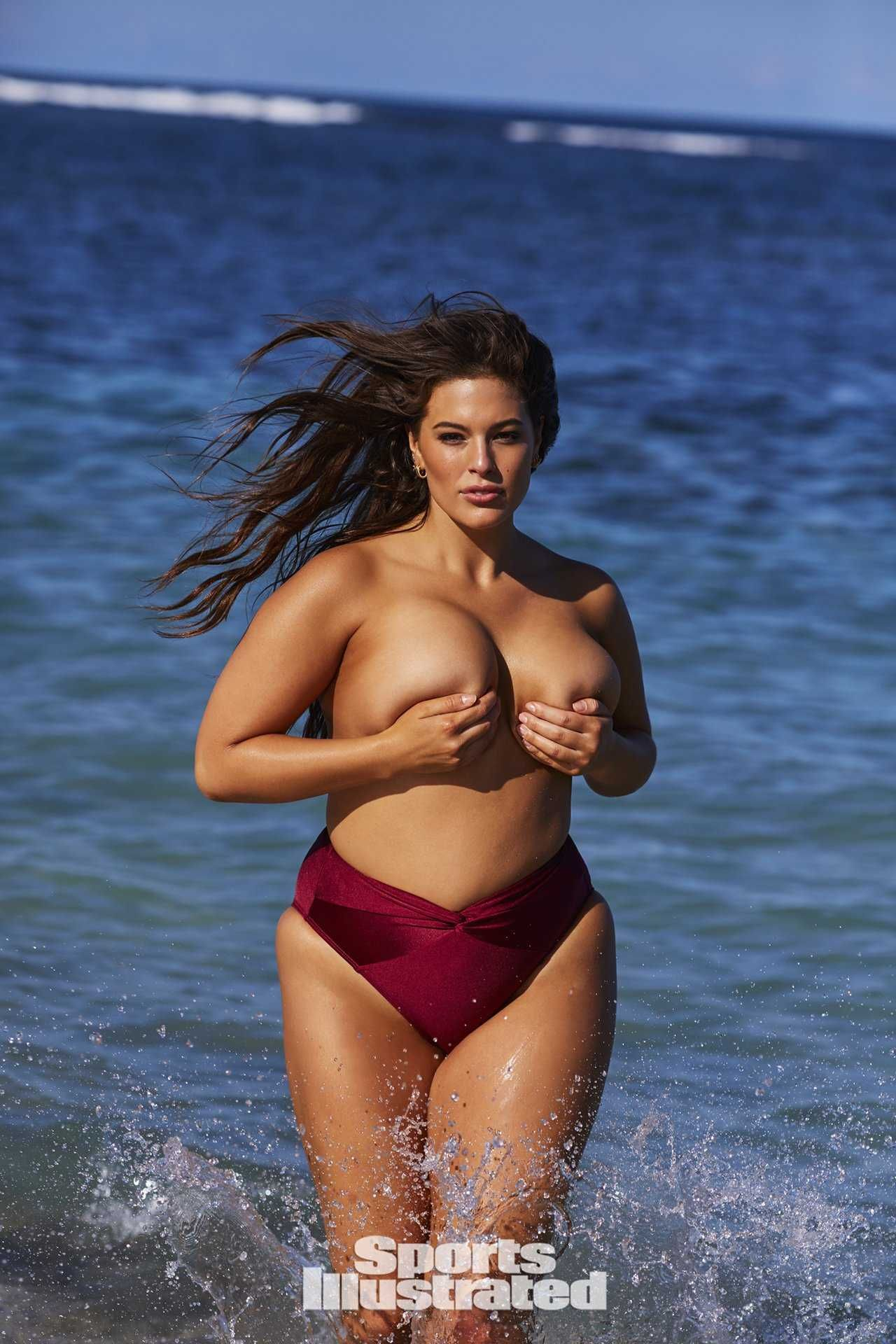 04cd4945e6 Ashley-Graham-in-Sports-Illustrated-Issue-2018-2   Curvation Nation ...
