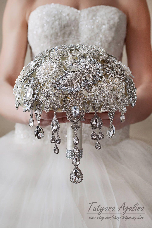17 Superb Wedding Dresses Ball Gown A Line Ideas Wedding Brooch
