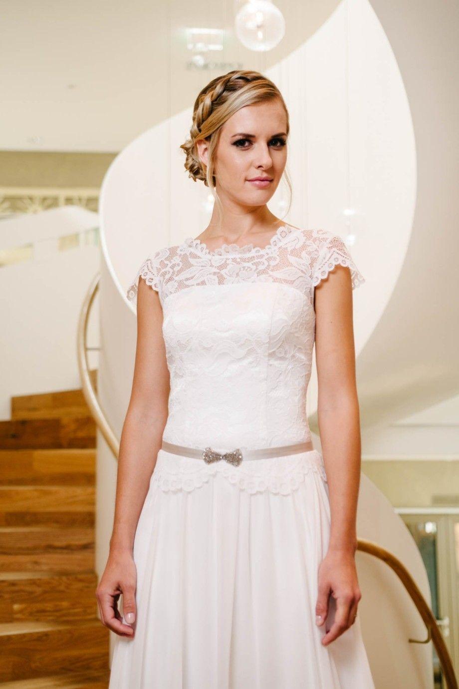 Vintage Hochzeitskleid mit Flügelarm und Spitzencorsage – Phöbe ...