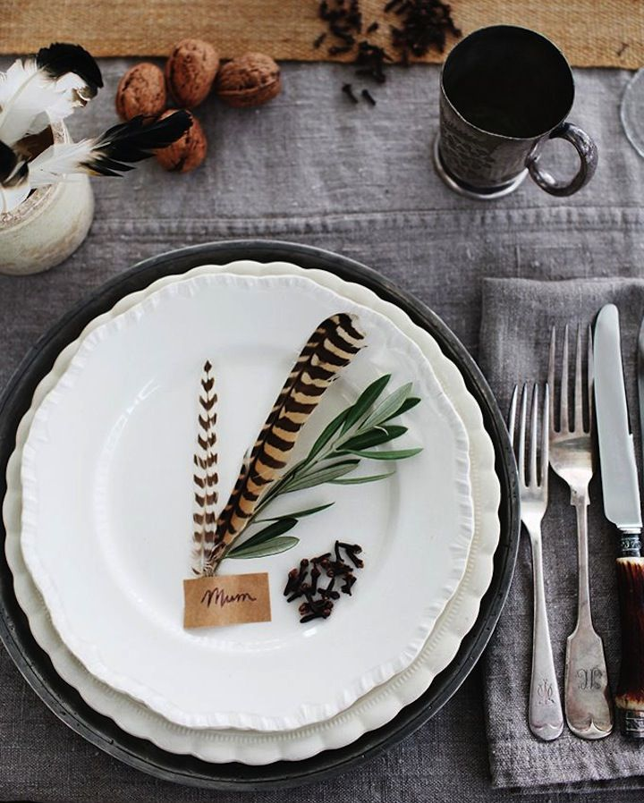 like the festive feel of the plate setting