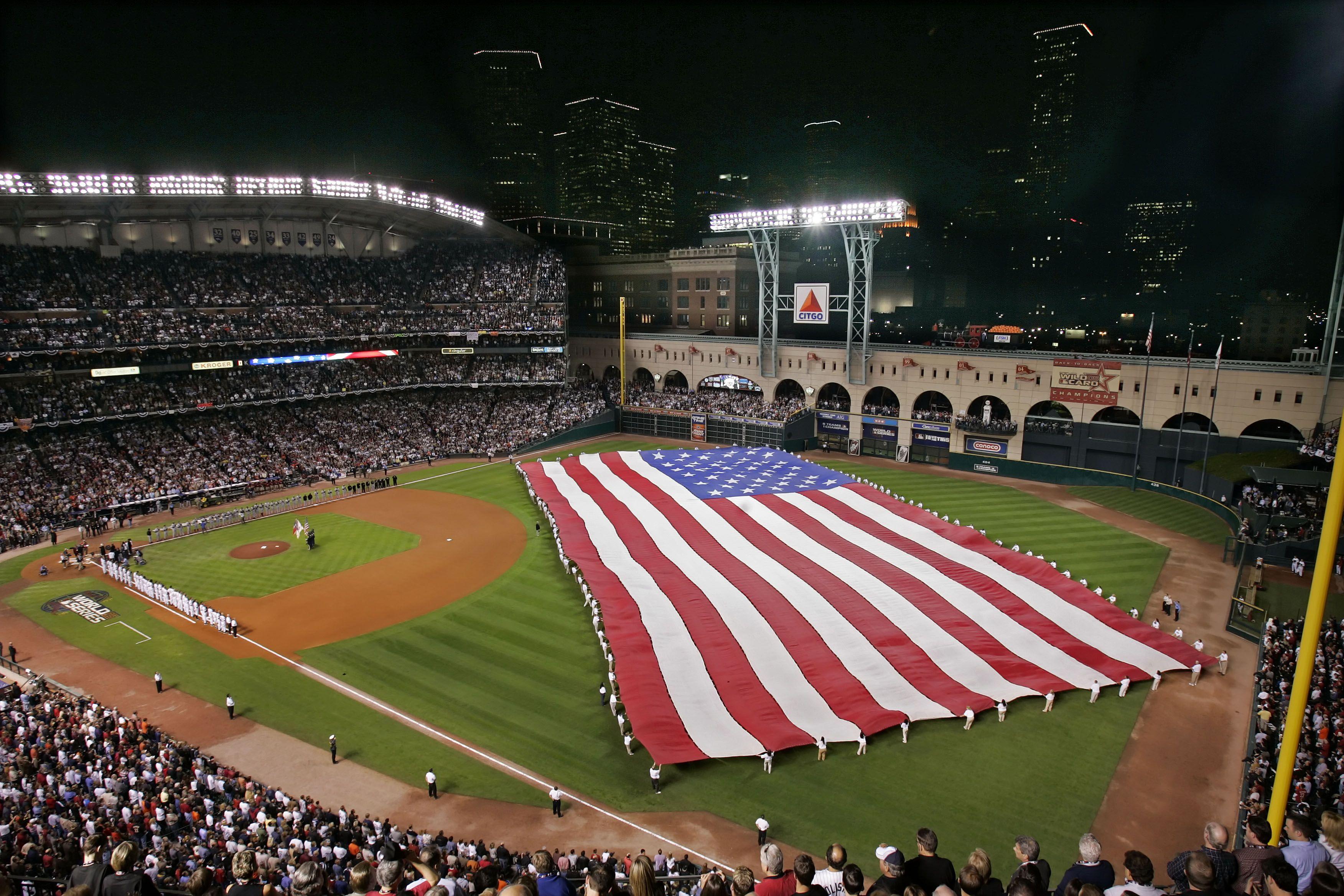 Minute Maid Park In Houston Texas Home Of The Astros Mlb Stadiums Baseball Park Minute Maid Park