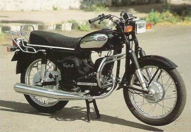 Rajdoot Standard Girl Riding Motorcycle Old Bikes Classic