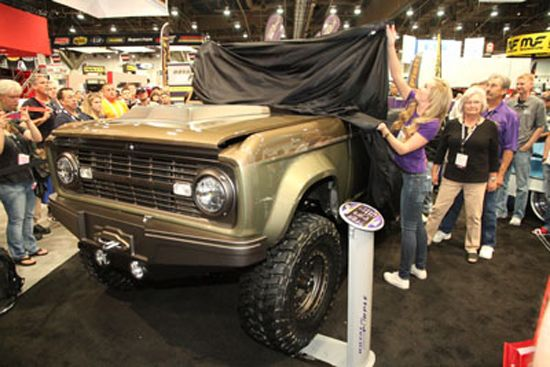Ofreció Royal Purple un Ford Bronco '66 construido por Andy Leach de Cal Automotive Creations | Tuningmex.com