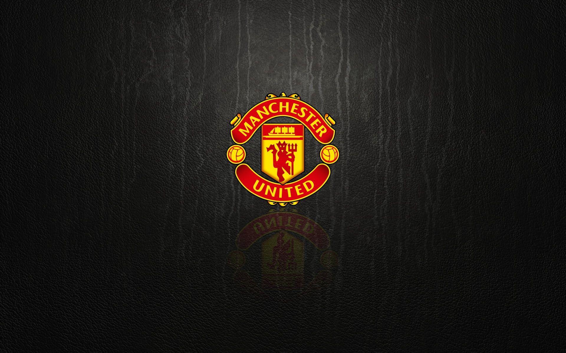 Soccer Manchester United F C Emblem Logo 1080p Wallpaper Hdwallpaper Desktop In 2020 Manchester United Wallpaper Manchester United Logo Logo Wallpaper Hd