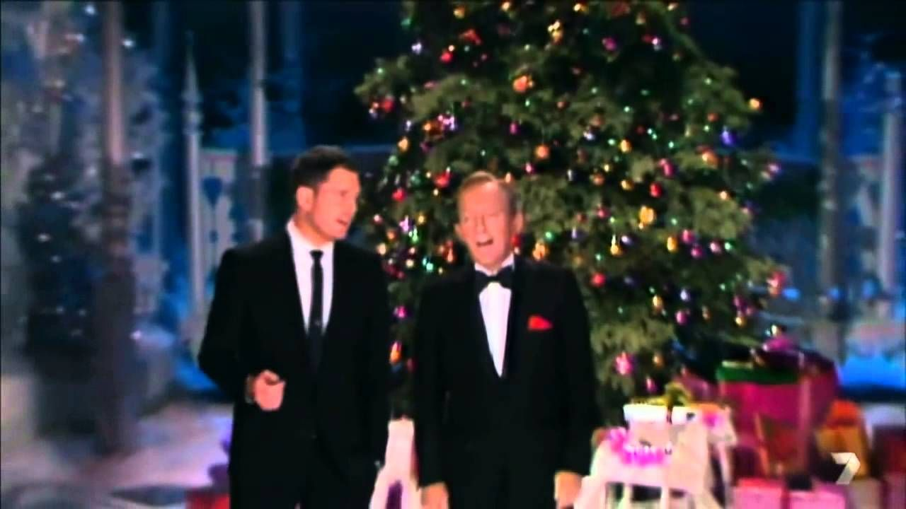 White Christmas Youtube.Michael Buble Singing With Bing Crosby White Christmas