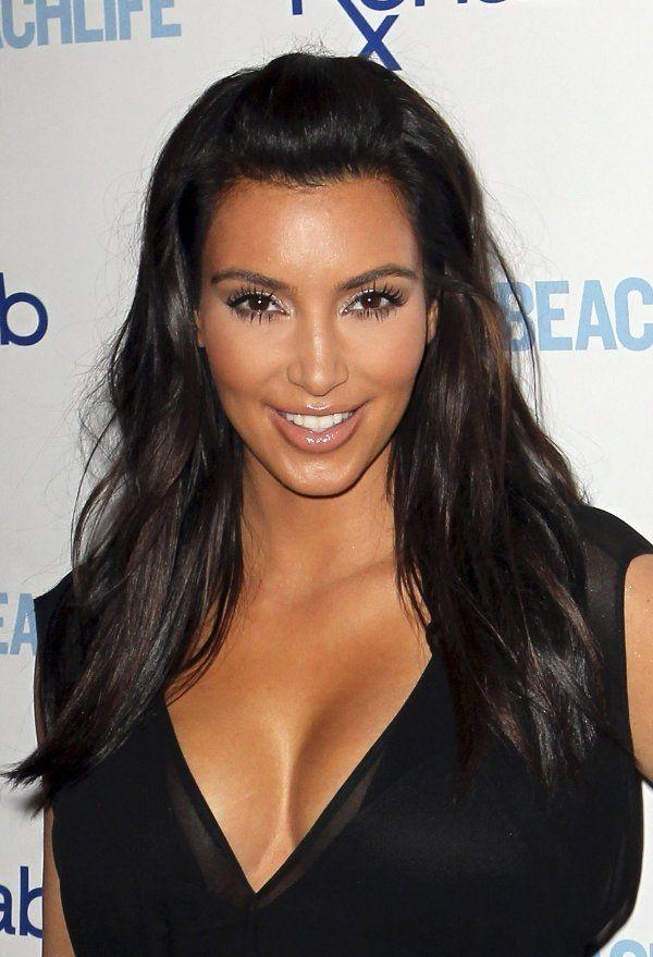 Kim Kardashian   Kim hair, Kim kardashian hair, Kim