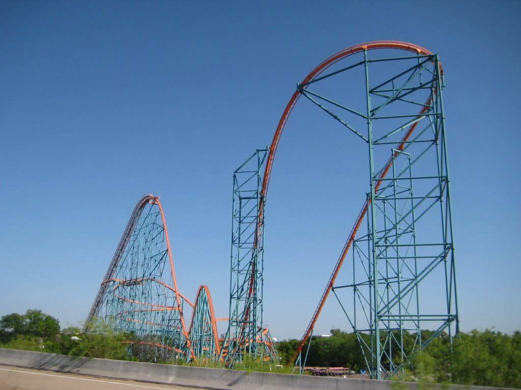 Photo Of Titan Six Flags Over Texas Six Flags Over Texas Six Flags Roller Coaster