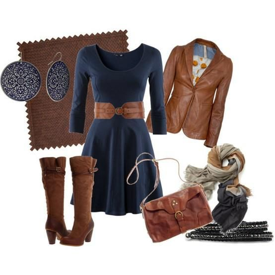 We love this combination of tan accessories with a plain blue outfit! What about you?