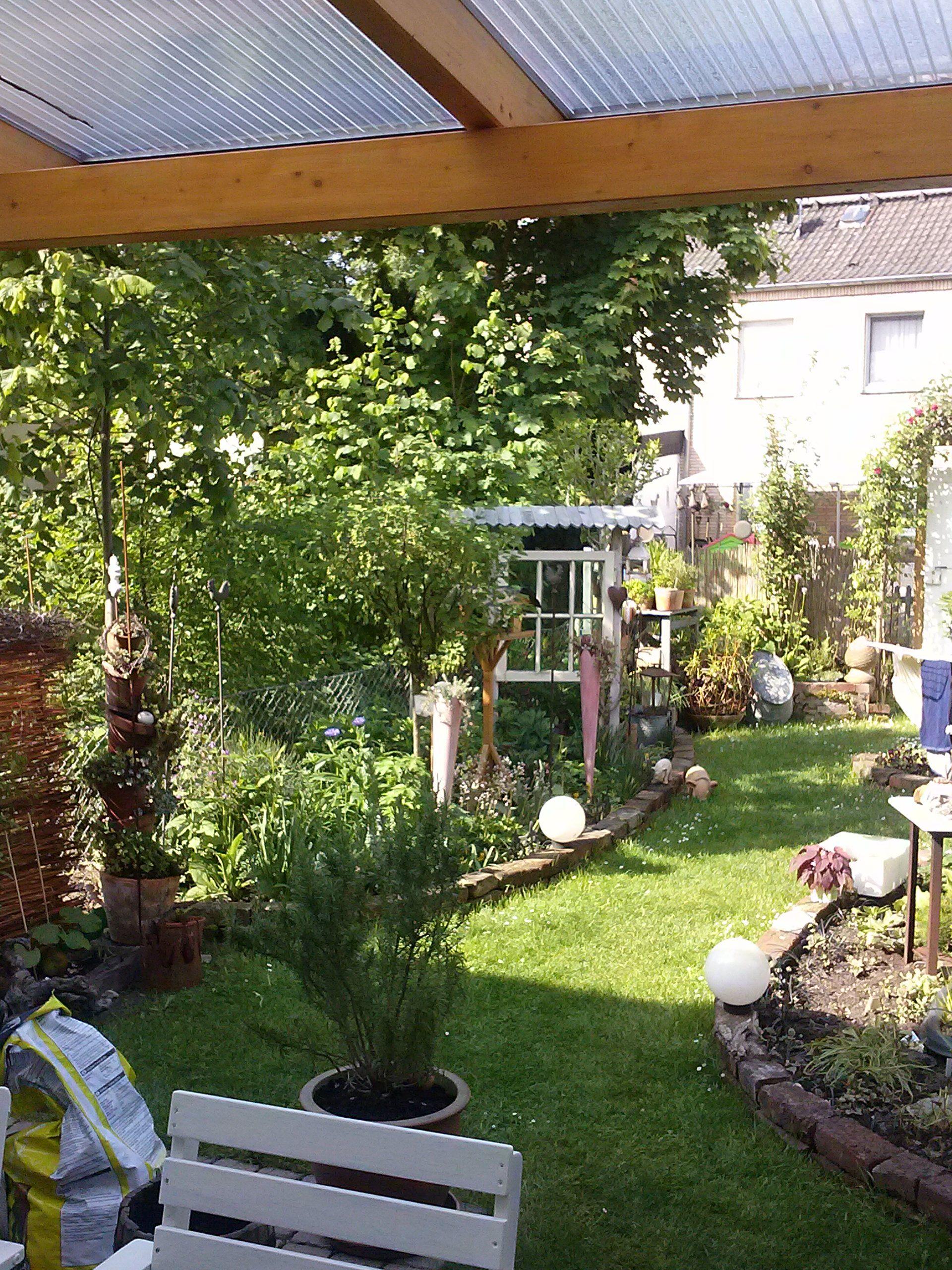 Blick Von Der Terasse Garten Gartenthema Garten Design