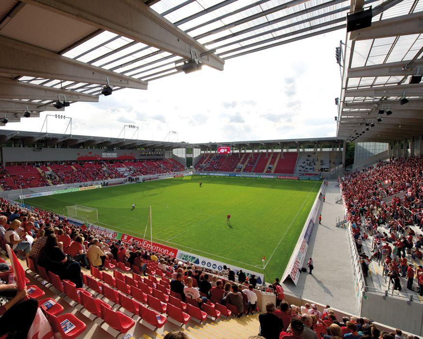 Interior Sparda Bank Hessen Stadion Offenbach Am Main Alemania Capacidad 20 500 Espectadores Equipo Local Kickers Offe Estadios Del Mundo Estadios Alemania
