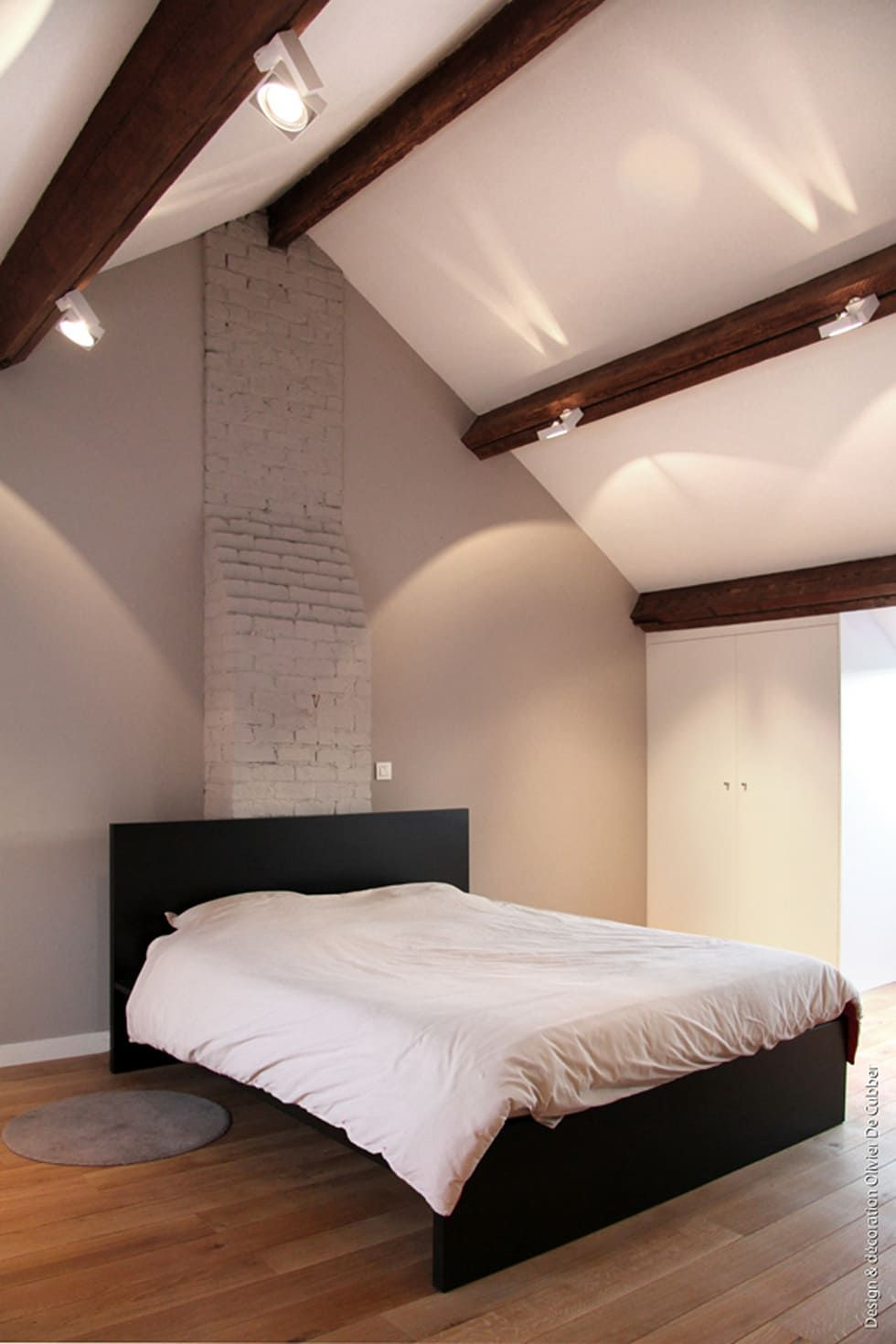 Schlafzimmer Einrichten Dachbalken