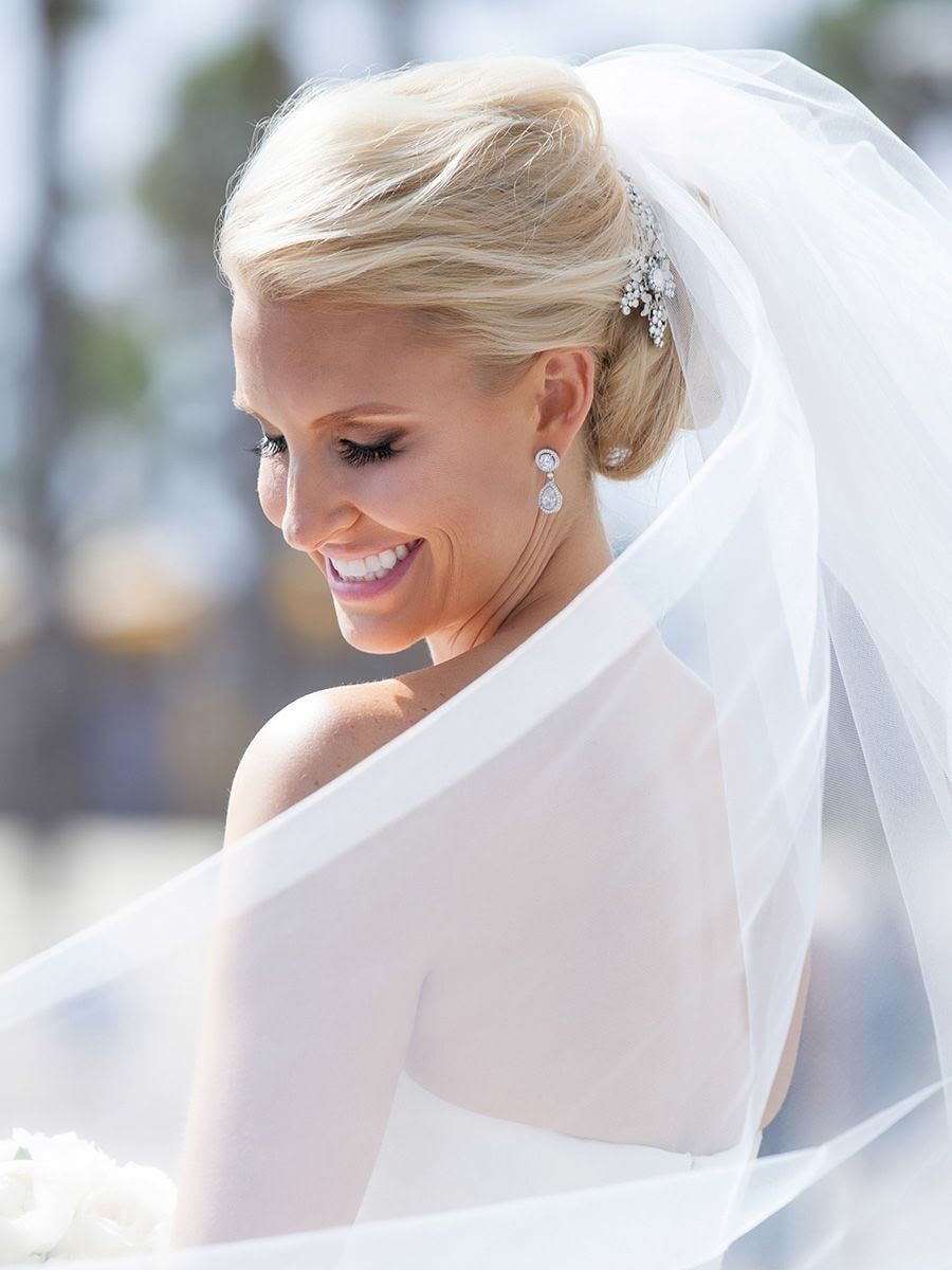 Contemporary Wedding Hairstyles For Bobs Crest - The Wedding Ideas ...