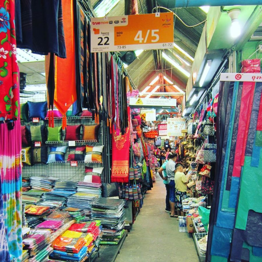 13 Best Street Markets In Bangkok Travel Guides For Muslim Travellers Have Halal Will Travel Chatuchak Market Bangkok Travel Guide Bangkok Travel