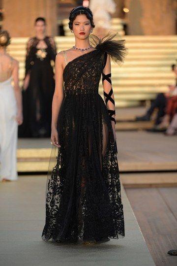 Alta Moda Dolce & Gabbana / Inverno 2019-2020 – Sfilate di moda | Vogue Germania