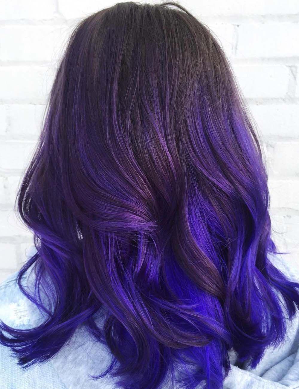 These Caramel Balayage Short Hair Are Fab Caramelbalayageshorthair Balayage Hair Purple Dark Purple Hair Purple Ombre Hair
