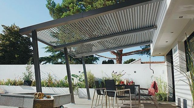 Pergola bioclimatique pour terrasse   Pergola bioclimatique ...