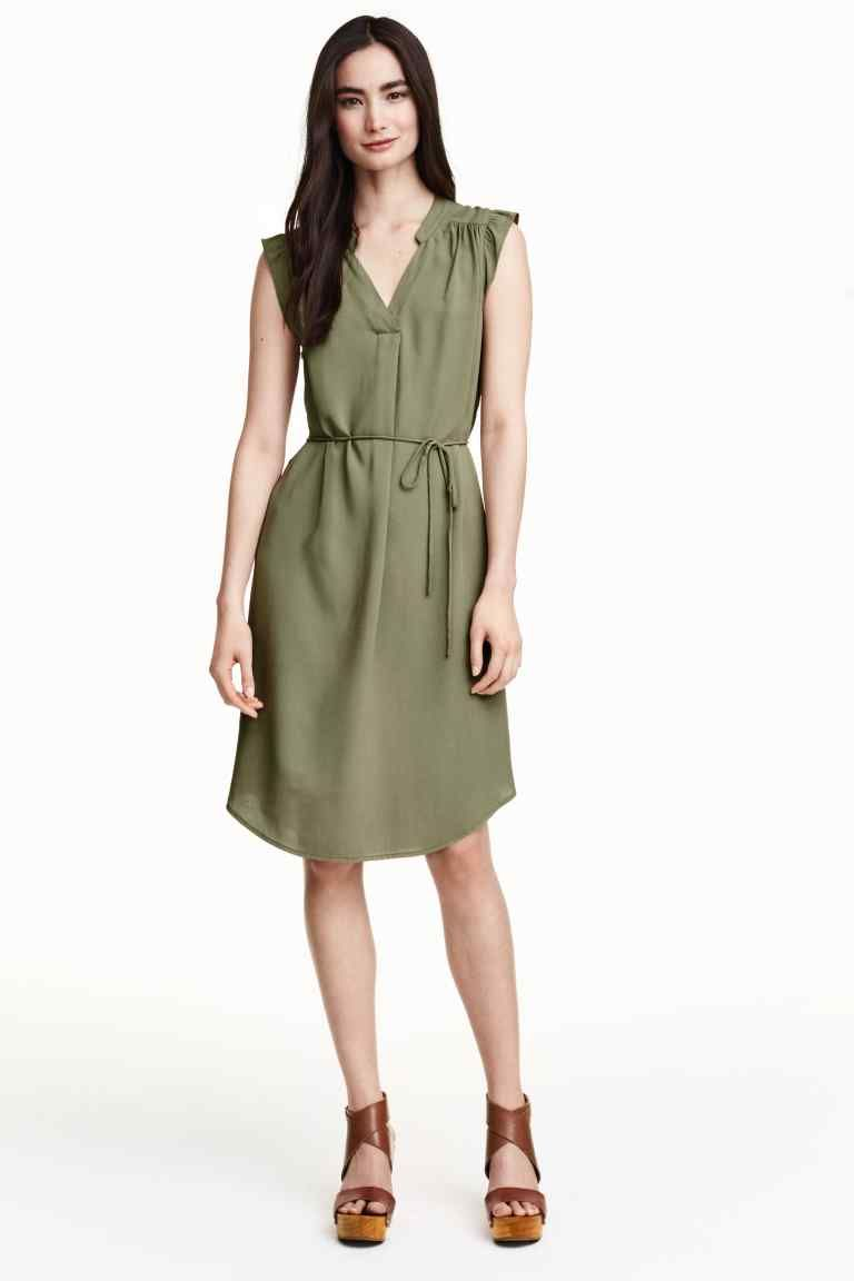 nuovo di zecca 20060 1b252 Šaty s motýlími rukávmi | H&M | Fashion | Vestiti, Stile di ...