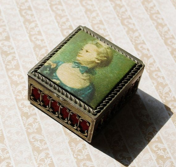 Vintage Jewelry Box Trinket Box Fabric Womans Portrait Red