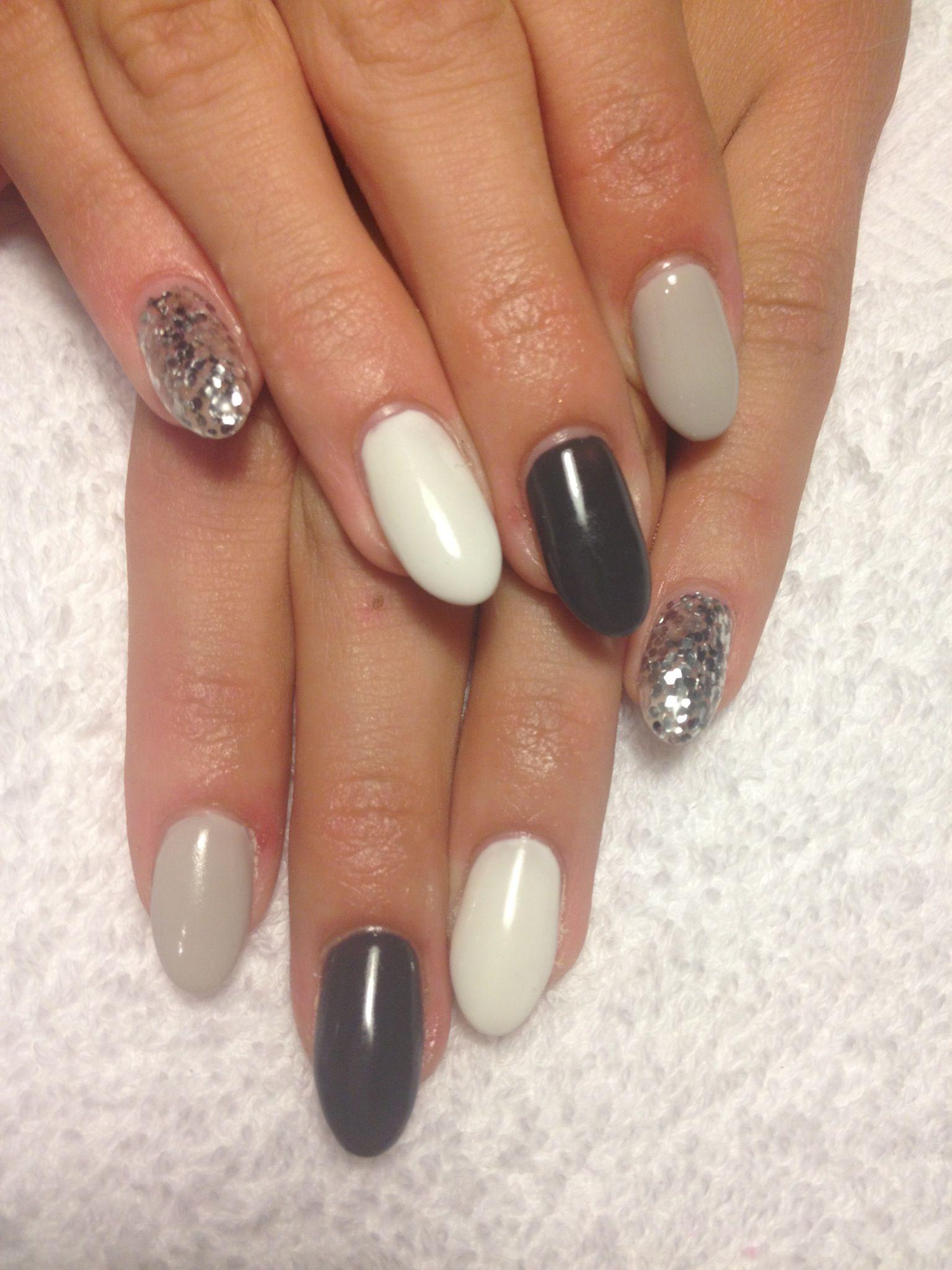 Gels Dark Grey Light Grey White Silver Glitter Oval Funky Nail Designs Glitter Gel Nails Nails