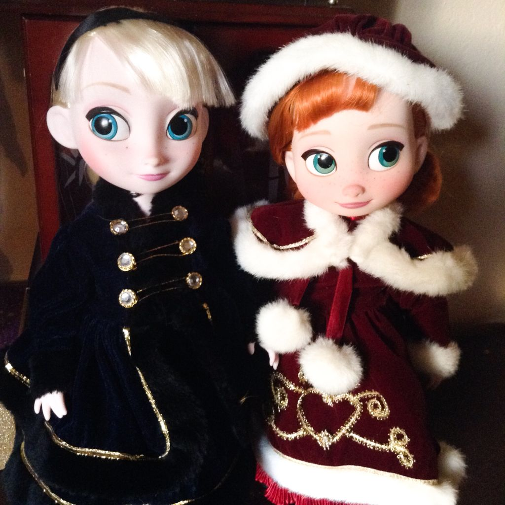 Grandma always loved collecting the porcelain ' Samantha ' dolls just for her cute old-fashioned winter dresses. She passed a few down to me and of course, I thought they'd be cuter on my little Frozen girls.