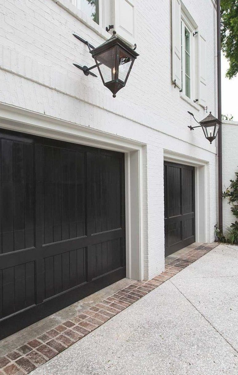 See Notes With Ruck Bros On Brick Placement Black Garage Doors White Exterior And Brick This Is How We Want The Brick At The Garage I Al 2020 Evler Kapilar Dekor