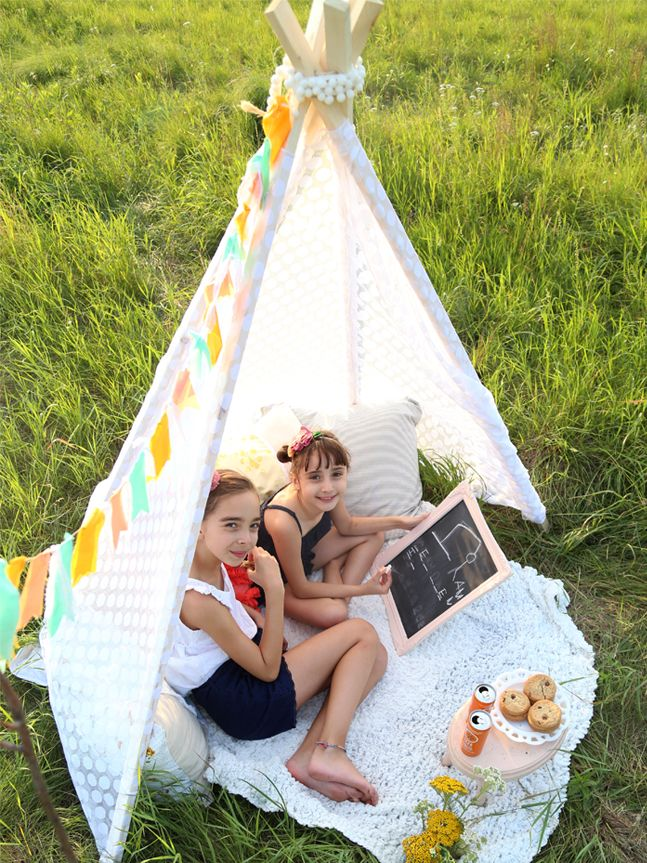 Reading nook/tent - I want this so badly for my girls room! & Reading nook/tent - I want this so badly for my girls room ...